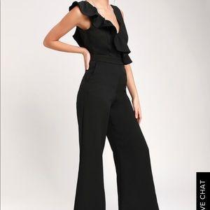 Black Lulus jumper